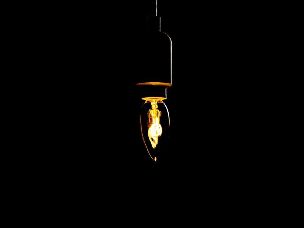 LED filament lampa C35 100lm E27 89 kr Hemfint.se