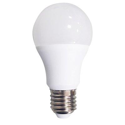 LED lampa A60 806lm 2700K